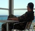 Soldato italiano in pausa nella base Unifil di Naqoura, Libano. Ph. Silvia Dogliani