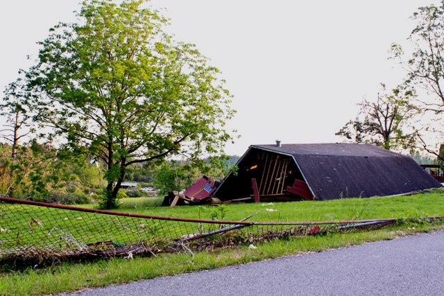 Destroyed Barn, Alabama, May 2011. Ph. Amanda Dunn
